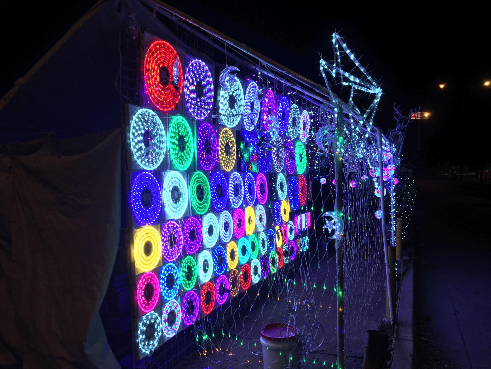Klassische mexikanische Weihnachtsbeleuchtung. Finden wir ein wenig befremdlich!